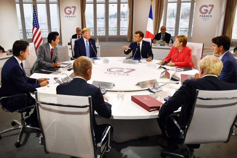 Световните лидери се събраха във Франция